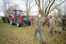 zolomza-2016-11-06-polowanie-hubertowskie-w-sarnie-wizna-111